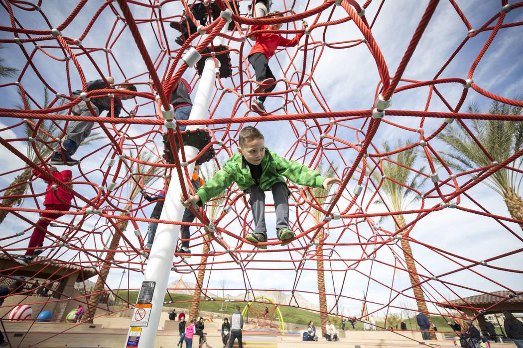 Recently Opened Fox Hill Park In Summerlin Adds A Fun New Way For